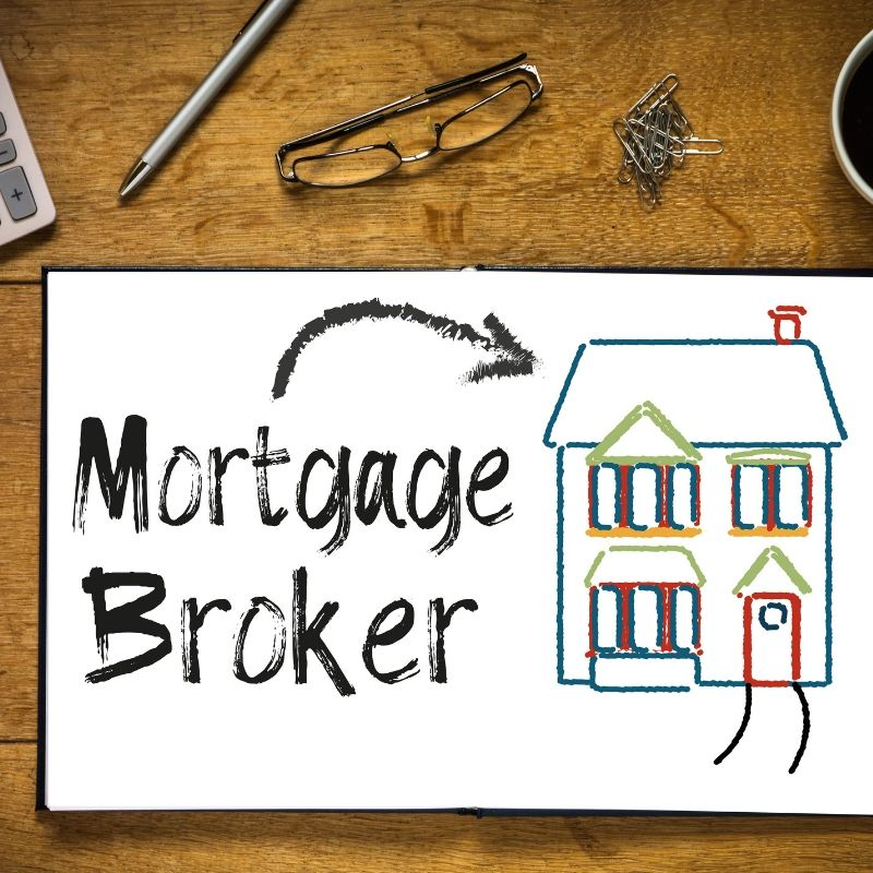 Is a Mortgage Broker the Same as a Loan Officer?
