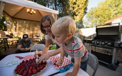 10 Steps to Creating a Backyard Oasis